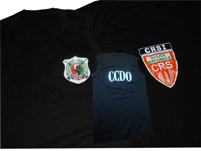 tee-shirt-police
